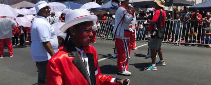Scores of people have taken up their spots along Darling Street in the Cape Town CBD to get the best possible view of this year's Minstrel Parade on 4 January 2020. Picture: Kevin Brandt/EWN