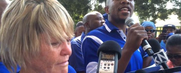 DA leader Mmusi Maimane was joined by Glynnis Breytenbach outside NPA HQ in Pretoria. Picture: Barry Bateman/EWN.