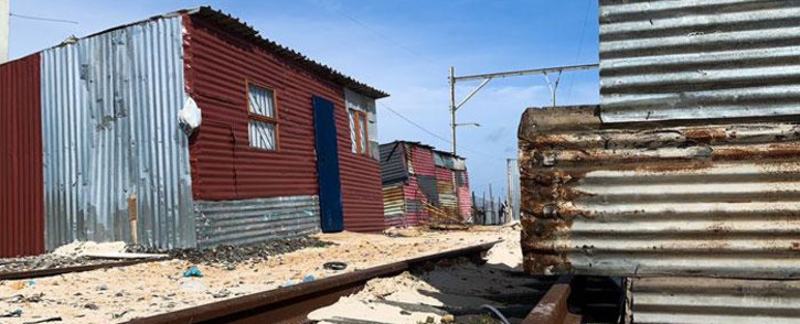 The informal settlement of Lockdown has sprung up on and around the Metrorail's central line in Philippi, Cape Town. Picture: Kaylynn Palm/EWN