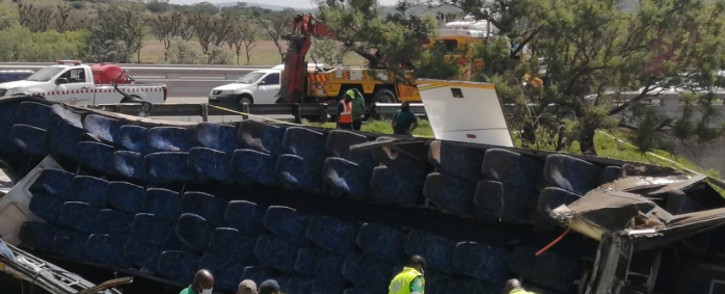 Officials on the scene of a bus crash on the N3 in KwaZulu-Natal on 12 October 2021. Picture: KZN EMS/Supplied.