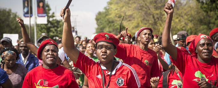 Workers and students held demonstrations on the University of the Free State main campus in Blomfontein over various issues including insourcing of workers, wages and what they call a lack of inclusive tertiary education. Picture: Reinart Toerien/EWN.