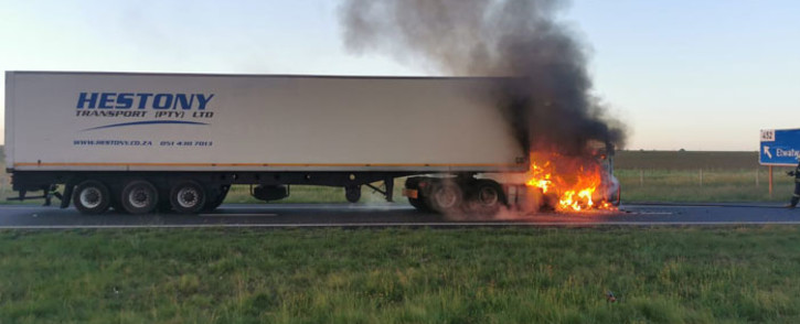 One of two trucks that were on fire on the N12 in Daveyton, Benoni on 25 November 2020. Picture: Via @EWNTraffic/Twitter