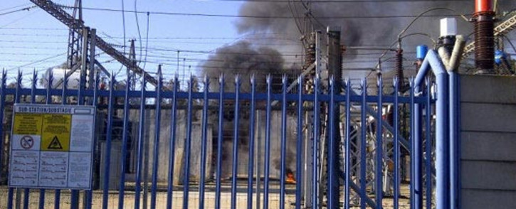 An electrical substation on fire in Roodepoort on 16 September 2012. Picture: Jason Pieterson via Twitter.
