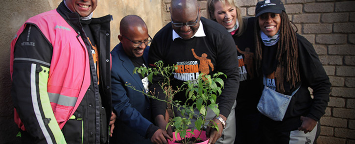Bikers for Mandela Day spread the Mabida magic at Bethany house. Picture: Kgothatso Mogale/EWN