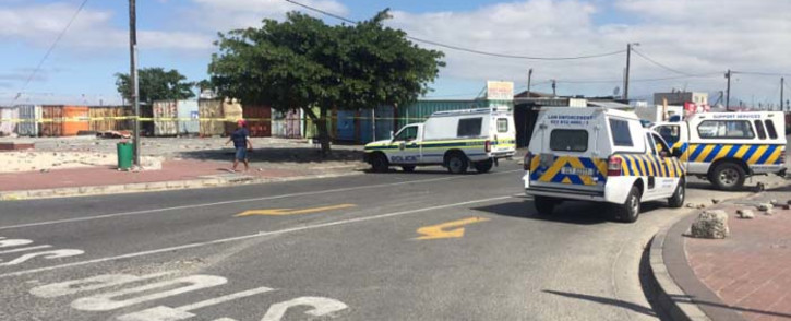 FILE: Police block the section leading to a Delft taxi rank. Picture: Monique Mortlock/EWN