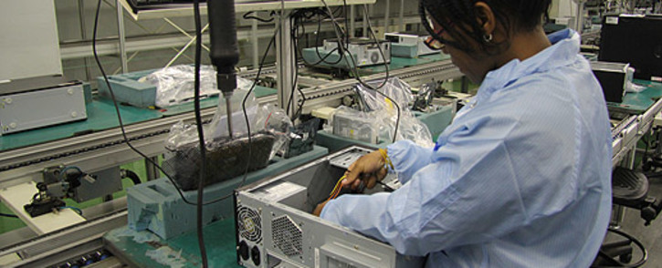 Computer assembler at the Mustek factory in Midrand. Picture: Taurai Maduna/EWN