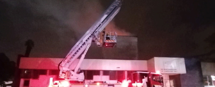 A fire broke out at the Bellville Civic Centre on 28 May 2021. Picture: @jamesstyan/Twitter.