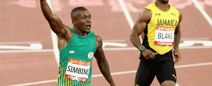 Akani Simbine wins gold at the Commonwealth Games 100m final. Picture: @thecgf/Twitter