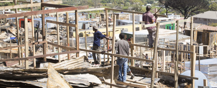 FILE: Hout Bay residents have begun to rebuild their homes following the fire which left thousands of people homeless on 15 March 2017. Picture: Cindy Archillies/EWN