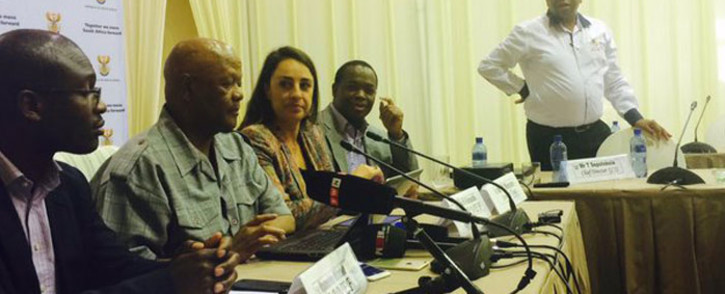 FILE: Minister in the Presidency Jeff Radebe and Sanef members following the Cabinet imbizo. Picture: Dineo Bendile/EWN.