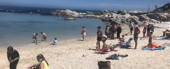 FILE: Beachgoers at Camps Bay Beach on 16 December 2020.. Picture: @LirandzuThemba/Twitter