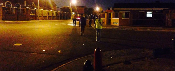 FILE: Former Western Cape community safety MEC Dan Plato on a walkabout in Lentegeur in Mitchells Plain on 8 June 2016. Picture: Shamiela Fisher/EWN.