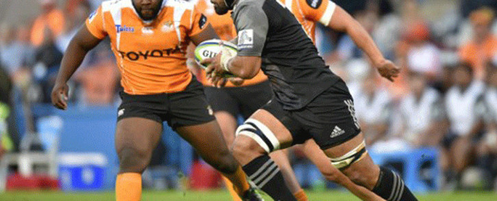 FILE: The Crusaders' Jordan Taufua runs with the ball past The Toyota Cheetahs' Ox Nche (L) during the SUPERXV rugby union match between The Cheetahs and The Crusaders at the Bloemfontein rugby stadium in Bloemfontein on 29 April 2017. Picture: AFP.