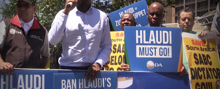 Rescind the appointment of Hlaudi Motsoeneng or else, says the DA and Cope.picture: Kgothatso Mogale/EWN