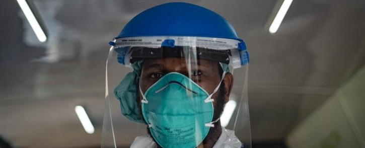 FILE: A field worker forms part of a screening and testing campaign at on 17 April 2020 at Marikana Informal settlement aimed at combating the spread of COVID-19. Picture: EWN