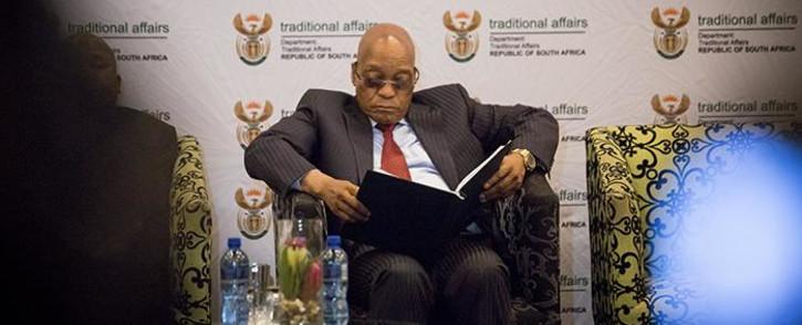 FILE: President Jacob Zuma reads through papers ahead of an address. Picture: Reinart Toerien/EWN