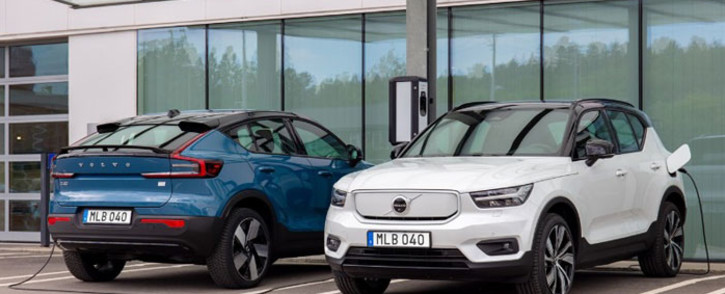 Volvo electric vehicles charging at an EV charging point. Picture: @volvocars/Twitter