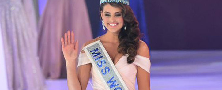 Miss South Africa Rolene Strauss was crowned Miss World at a ceremony in London on 14 December 2014. Picture: Twitter via @djcleo1.