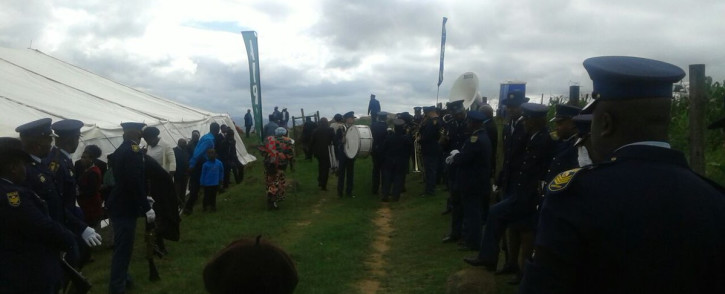 Family, friends and SAPS members gathered for the funeral of warrant officer Zuko Mbini who was killed following a shooting at the Ngcobo police station. Picture: @SAPoliceService/Twitter.