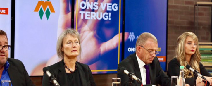 FILE: AfriForum prosecutor Gerrie Nel, flanked by Alexis Bizos' wife Monique van Oosterhout announced that AfriForum would be pursuing Bizos for domestic abuse on Tuesday 27 February 2018 in Centurion. Picture: www.afriforum.co.za