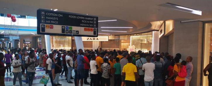 FILE: Black Friday shoppers at Menlyn Mall in Pretoria at various stores. Picture: Supplied.