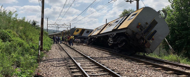 Tshwane Emergency Service personnel attend to the injured after two trains collided on 8 January 2019 at Mountain View station, Pretoria. Picture: @TrafficSA/Twitter.