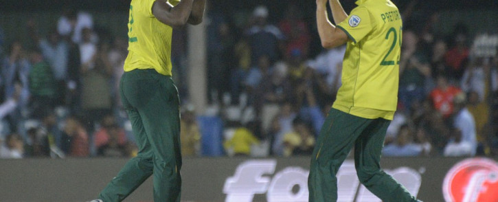 Lungi Ngidi produced a match-winning performance at the death to help the Proteas defeat England by just one run in the first T20 international at Buffalo Park, East London. Credit: AFP