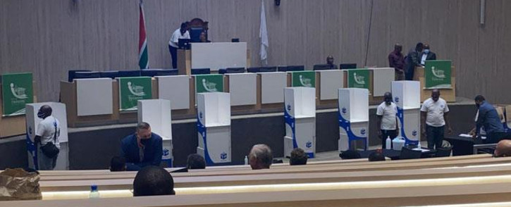 Tshwane council members vote for a new mayor on 30 October 2020. Picture: @DAGauteng/Twitter