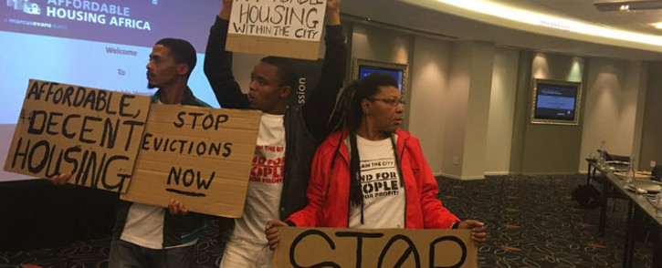 Protesters for affordable housing in Cape Town protest at the Affordable Housing conference. Picture: Rahima Essop/EWN