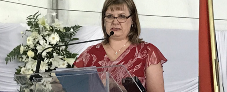 FILE: Western Cape Education MEC Debbie Schäfer addresses guests at the 2018 National Senior Certificate Awards at Leeuwenhof on January 2019. Picture: Kevin Brandt/EWN