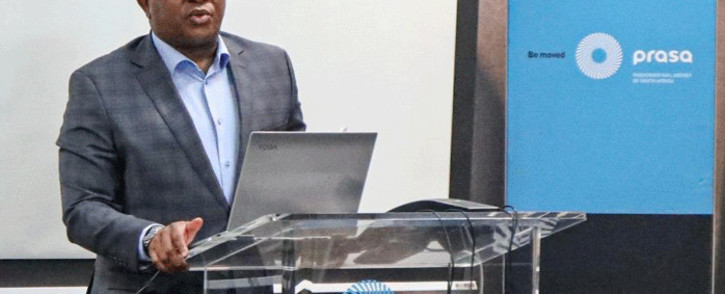 FILE: Transport Minister Fikile Mbalula addresses Prasa employees and the media at the state-owned entity's headquarters. Picture: @MbalulaFikile/Twitter.