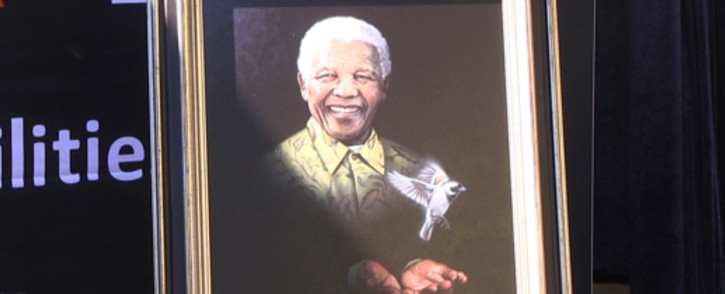 Former president Nelson Mandela continues to receive treatment at the Pretoria Heart Hospital.