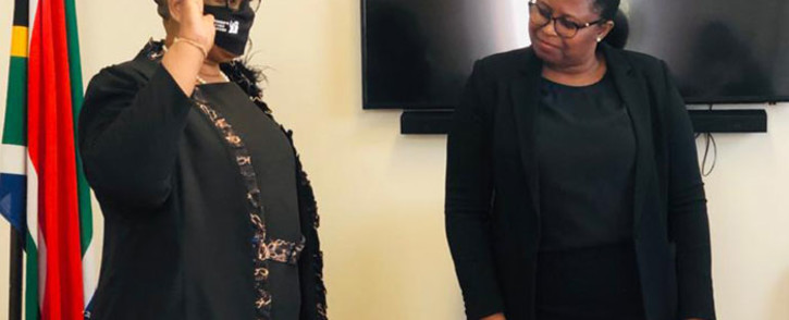 FILE: Zandile Gumede (left) is sworn in as a member of the KwaZulu-Natal legislature on 19 August 2020. KZN Legislature Speaker Nontembeko Boyce looks on. Picture: Supplied