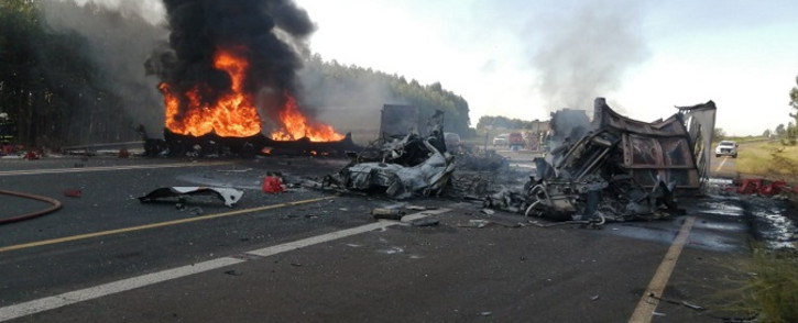 Two people died on Saturday, 9 May 2020, and several others were injured after a fuel tanker and another truck collided and burst into flames on the N2 near the Mtunzini Toll Plaza in KZN. Picture: @Netcare911_sa/Twitter.