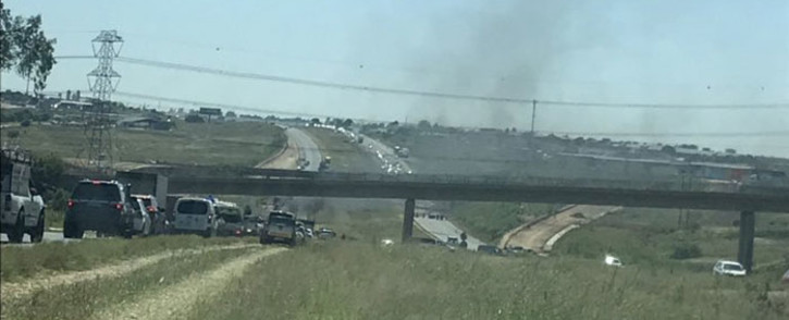 Protest action on the N14 between the R511 and Malibongwe Drive in Johannesburg on 20 February 2019. Picture: EWN
