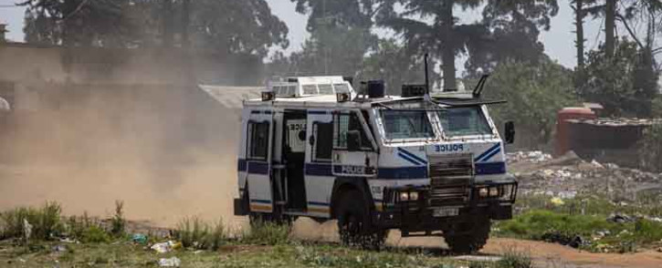 FILE: Police monitoring a protest in the Reiger Park area. Picture: Thomas Holder/Eyewitness News.
