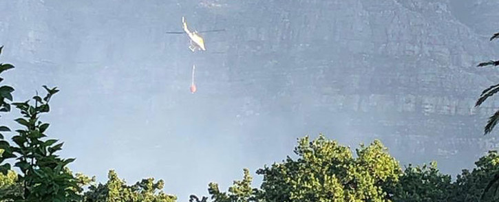 FILE: Firefighting aircraft arrived amid a fire on the lower slopes of Table Mountain. Picture: EWN.