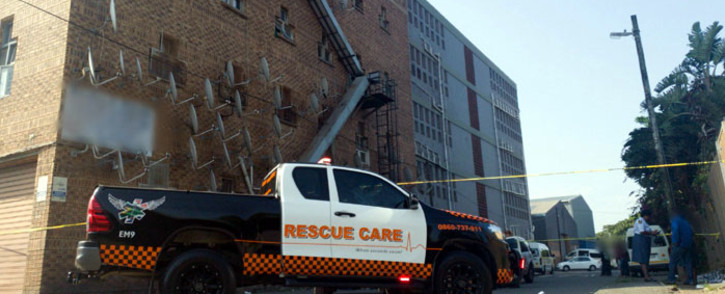 Paramedics pictured on the scene where a girl, 5, died after falling from the fourth floor of a Durban building. Picture: @rescuecare/Twitter