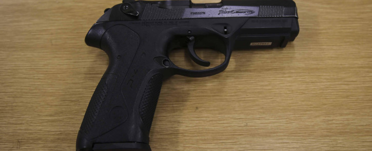 A SA Police pistol. Picture: EWN
