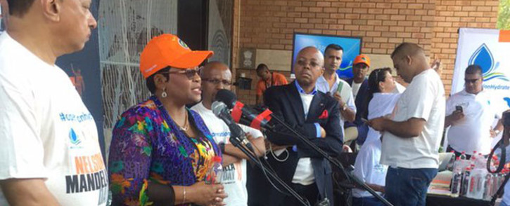 Water and Sanitation Minister Nomvula Makonyane commends the initiative by Operation Hydrate and the Nelson Mandela Foundation to supply bottled water to drought-stricken areas. Picture: Masa Kekana/EWN.