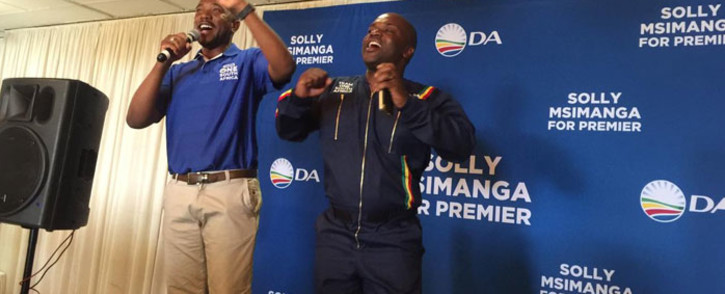 DA leader Mmusi Maimane pictured with Tshwane mayor Solly Msimanga where the party launched its elections campaign in Germiston on 17 October 2018. Picture: @Our_DA/Twitter