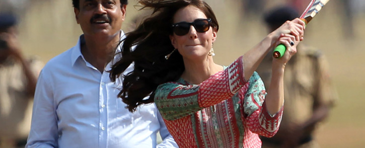 Former Indian cricketer Dilip Vengsarkar looks on as Catherine, Duchess of Cambridge and Britains Prince William, Duke of Cambridge play a game of cricket with Indian children who are beneficiaries of NGOs at The Oval Maidan in Mumbai on 10 April, 2016. Picture: AFP.