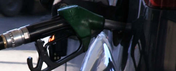 FILE: Economist Dawie Roodt says motorists could see the fuel price fall by around 20 cents per litre in June. Picture: Supplied.