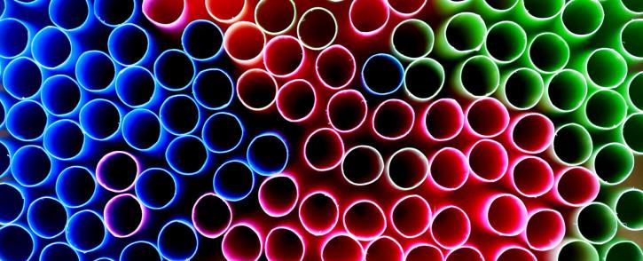 Plastic straws. Image: David McEachan.