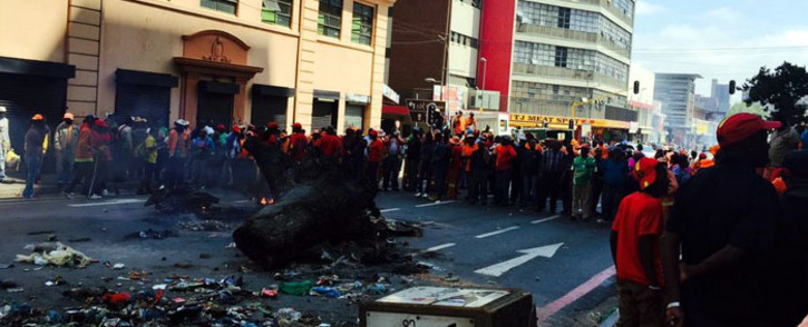 JRA workers protested over salary increases and the non-payment of performance bonuses on 24 February 2016. Picture: Ziyanda Ngcobo/EWN.