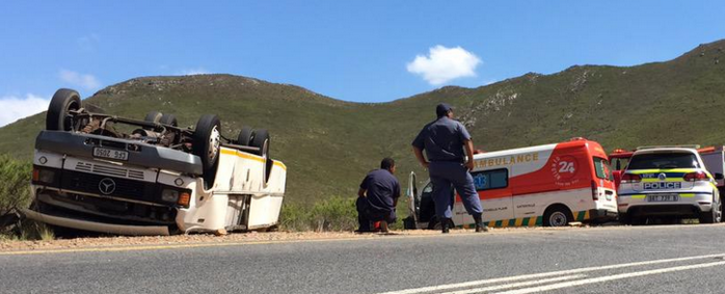 FILE: The families of three people who died in a bus crash on the Franschhoek pass at the weekend are planning a joint memorial service. Picture: Siyabonga Sesant /EWN