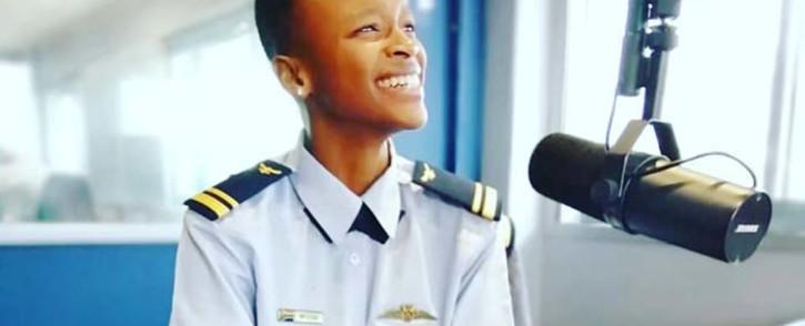 Major Mandisa Mfeka, South Africa's first black woman combat fighter pilot. Picture: @WingedSpanner/Facebook.com.