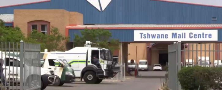 FILE: Sapo has reported that workers are steadily returning to work. Picture: Vumani Mkhize/EWN.