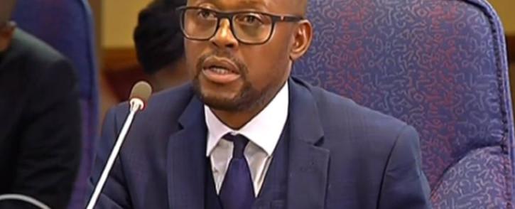 A screengrab of former NPA prosecutor Advocate Simphiwe Mlotshwa giving evidence at the Mokgoro Inquiry on 2 February 2019.
