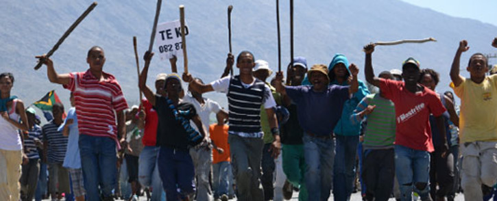 FILE: Protesting farm workers march through the De Doorns town centre on 6 November 2012. Picture: Aletta Gardner/EWN